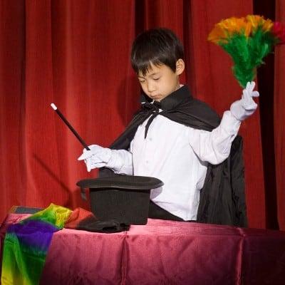 children's party entertainment - magician