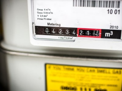 how does a smart meter save money