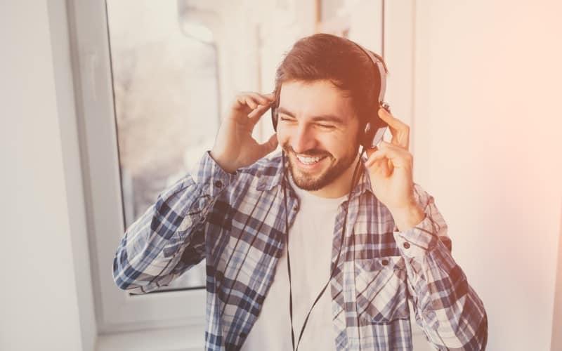 make-money-listening-to-music