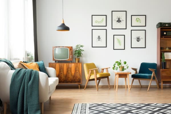 where to sell your old furniture online